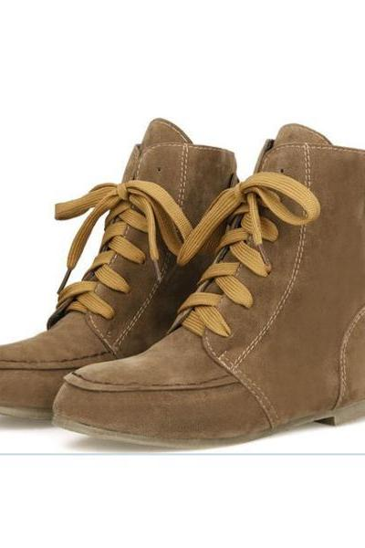 Suede Round Toe Lace Up Flat Short Boots