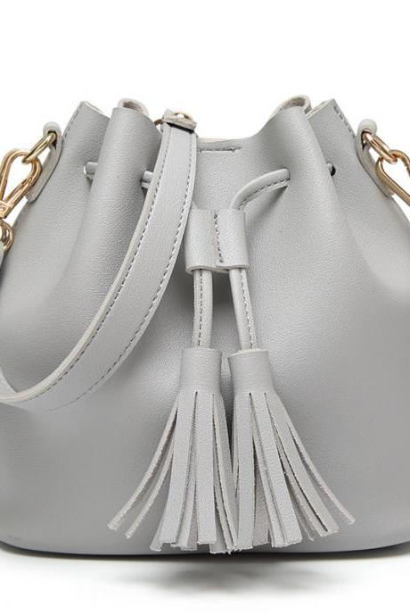 Trendy Tassel Hasp Crossbody Bag