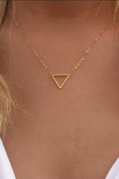 Metal Hollow Triangle Short Necklace