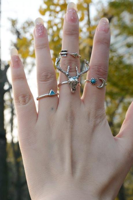 Deer Head Triangle Moon Free Combination Ring Set