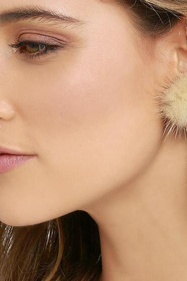 Sweet Furry Ball Women's Earrings