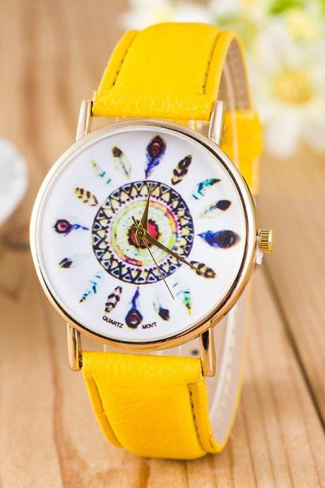 Beautiful Peacock Feather Leather Watch