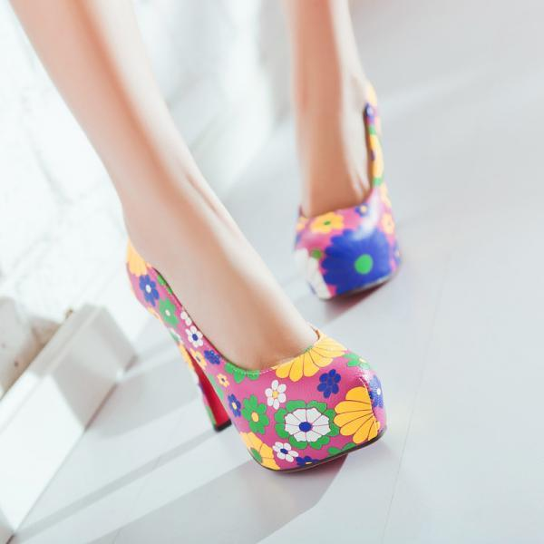 Cotton Cloth Chunky Heel Flower Print Round Toe High Heels