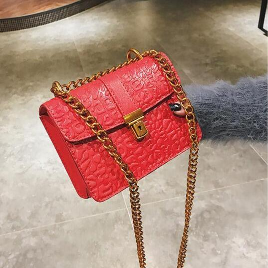 Vintage Embossing Chain Mini Crossbody Bag