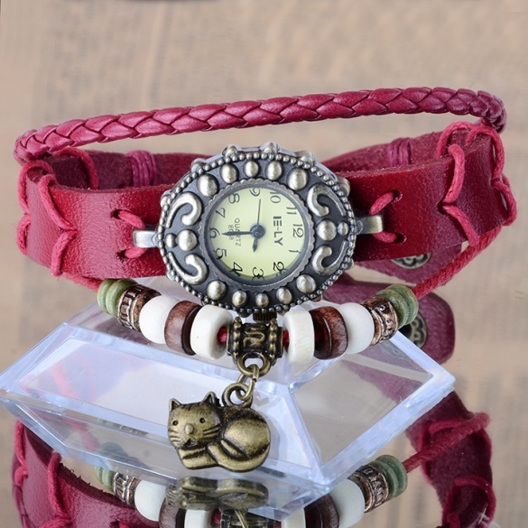 Lady Bracelet Vintage Style Synthetic Leather Wristwatch with Kitten Cat Pendant